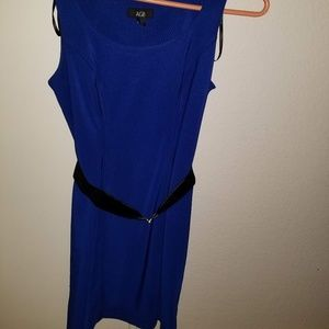 NWOT Beautiful Royal Blue AGB dress with belt